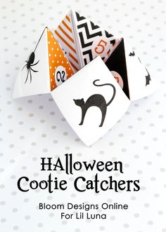Halloween Cootie Catcher - the kids are obsessed with these things!! Get the free prints on { lilluna.com }