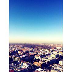 Der Uniriese ist bei solch schönem Wetter immer eine wunderbare Idee. Mehr Ideen findet Ihr in unserem Magazin auf www.couchliebe.com