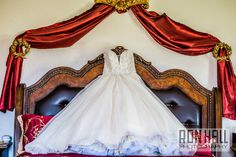 wedding venue ruby room country view barn red victorian veil photo bridal suite jacuzzi house for your honeymoon  bed elegant