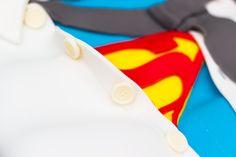 How to make a Superman Cake
