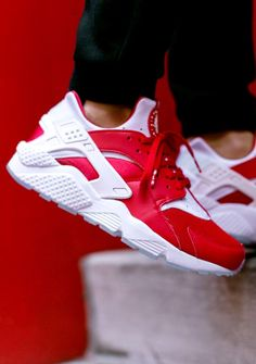 Malino #nike #huarache had some of these bad boys first time round in the 90s