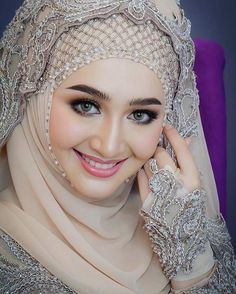 edited Hijab dp for girls Muslimah Wedding Dress, Muslim Wedding Dresses, Muslim Brides, Bridal Hijab, Hijab Bride, Girl Hijab, Hijabi Girl, Beautiful Muslim Women, Most Beautiful Indian Actress