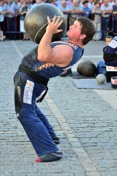 Levantador de piedras, #harri-jasotze, una modalidad de deporte rural vasco, #España