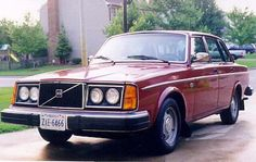 my old ride-  1978 Volvo 244 dl  Loved that beast, manual choke and all :)  Miss you girl...