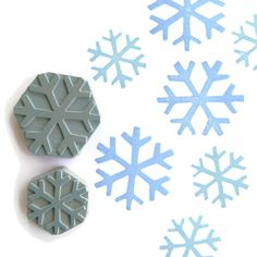 Hey, I found this really awesome Etsy listing at https://www.etsy.com/listing/162310675/minimal-snowflake-stamp-set-rubber-stamp
