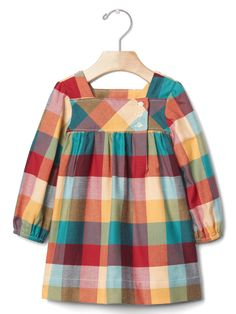 gap – bold plaid flannel dress The clothing culture is fairly old. Baby Outfits, Toddler Girl Outfits, Toddler Dress, Kids Outfits, Baby Girl Fashion, Toddler Fashion, Kids Fashion, Sewing Baby Clothes, Trendy Baby Clothes