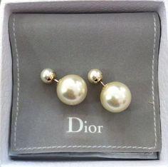 Dior pearls earrings