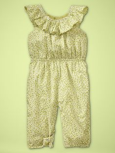Love. Baby clothes are the cutest!