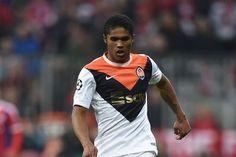 Douglas Costa transfer news, rumors and updates