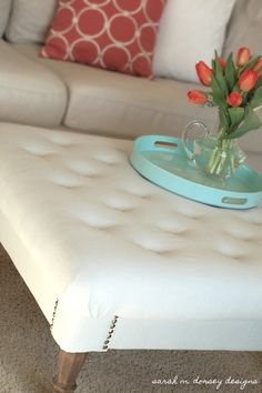 sarah m. dorsey designs: DIY Tufted Ottoman step by step Diy Ottoman, Ottoman Table, Tufted Ottoman, Ottoman Ideas, Footstool Ideas, Pallet Ottoman, Ottoman Decor, Tufted Bench, Diy Furniture Projects
