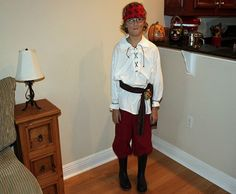 HOW TO: Make a Halloween Pirate Costume from Thrift Store Finds | Inhabitots