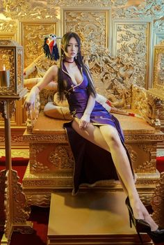 Boa Hancock Hot Cosplay by Thai Model One Piece Cosplay, Amazing Cosplay, Best Cosplay, Boa Hancock Cosplay, Asian Woman, Asian Girl, Thai Model, Cute Beauty, Cosplay Girls