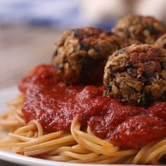"Meatless ""Meat""balls 4 Ways #vegetarian #swap"