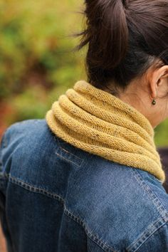 Welted Cowl & Infinity Loop Pattern by Churchmouse Yarns
