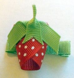 Hey, I found this really awesome Etsy listing at https://www.etsy.com/listing/155590879/strawberry-ribbon-sculpture-hair-clip