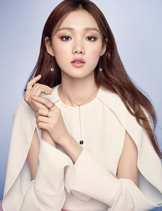 Lee Sung-kyung(born August is a South Korean model and actress. She acted in the television dramasCheese in the before taking her first leading role as the titular character inWeightlifting Fairy Kim Asian Makeup, Korean Makeup, Korean Beauty, Asian Beauty, Female Actresses, Korean Actresses, Korean Actors, Cute Korean, Korean Girl