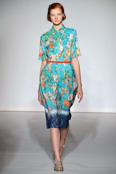 Clements Ribeiro Spring 2013 Ready-to-Wear Fashion Show