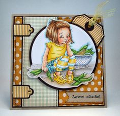 [I Wanna Build a Memory]      nice hinges on this card and the main circle used as a pocket