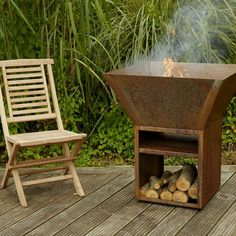 Made from thick certified Corten Steel, this garden burner will provide years of service as the ultimate garden feature for any event. Stove Fan, Fire Bowls, Corten Steel, Wood Burner, Garden Features, Winter Night, Wood Storage, Jars, Wood Burner Fireplace