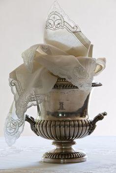 Pretty lace handkerchiefs~❥