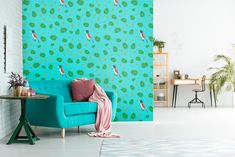 The Gogyi Bird is the ultimate symbol of cleverness. Let brightness into your living room with our blue, floral patterned wallpaper. Paste this unique artwork easily to your wall as a feature wallpaper or cover the whole room with birds and leaves. We sell online in rolls! Check for more details!
