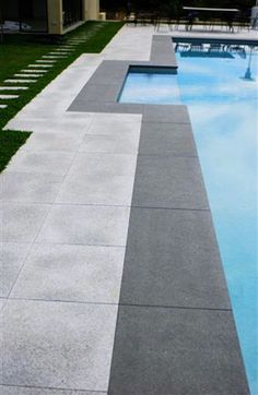 Black Tapestry Granite Pool Coping - Flamed Finish