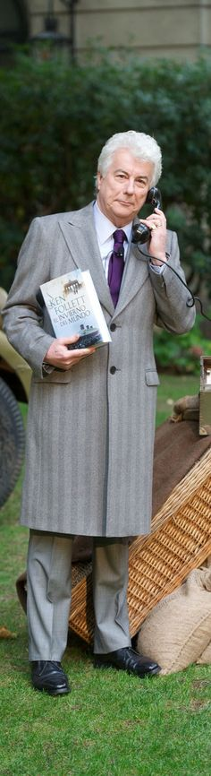 Ken Follett richest and biggest-selling author. One of my favorites . . .