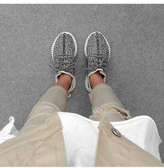Adidas Yeezy boost women ! <3