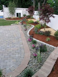 As stated above, landscaping a brick patio is also one of the less costly ways to create a masterpiece from a patio. Landscaping tips for front yard and backyard that come to fruition will boost your house and the value also. Driveway Entrance Landscaping, Low Water Landscaping, Landscaping With Rocks, Modern Landscaping, Garden Landscaping, Landscaping Design, Backyard Designs, Backyard Ideas, Backyard Patio