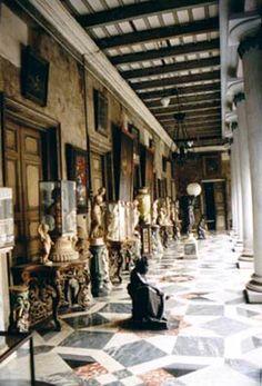 Inside Marble palace of Mallik's, Calcutta | Old Bengal ...