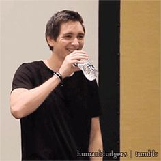 You know you're a fan girl when someone drinking water makes you squeal