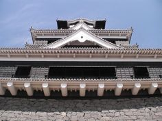 Kumamoto Castle, one of the most impregnable of J. castles, read more at http://japan-web-magazine.com/japan-kumamoto-kumamoto-castle1.html