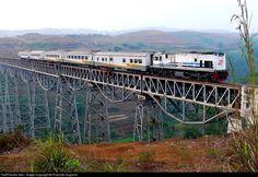 RailPictures.Net Photo: CC20406 PT Kereta Api Indonesia GE C18Mmi at Cikubang, Indonesia by Praminto Nugroho