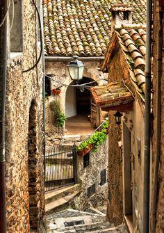 | ? | Narrow alley of Anticoli - Lazio, Italy | by © mario v. via ysvoice: leokat1111