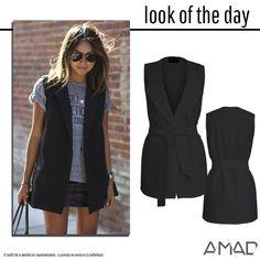 Maxi chaleco negro, con bolsas laterales y cinto separado