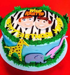Wild Kratts cake from http://sweetcustomtreats.blogspot.com/