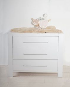 Cabino Babykamer Noel 2-delig prijzen vergelijk je op Vergelijkprijs.nl Dresser, Table, Furniture, Home Decor, Products, Noel, Dressers, Powder Room, Decoration Home