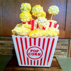 Cupcakes and cake pops in popcorn bucket made for another dessert auction for the Boy Scout Blue & Gold dinner. (yellow cake topped with marshmellows) Fun Cupcakes, Cupcake Cakes, Cupcake Ideas, Eagle Scout Cake, Popcorn Bucket, Progressive Dinner, Dinner Themes, Ministry Ideas, Youth Ministry