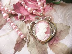 Sweet Pink Cameo.. love love love