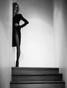 Karl Lagerfeld Asks Carine Roitfeld How Far She Can Take an Image Portrait Fotografia, Portrait Photography, Fashion Photography, Carine Roitfeld, Boudoir Photos, Boudoir Photo Shoot, Alexa Chung, Hollywood Glamour, Karl Lagerfeld