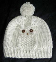 Knitting Patterns Hat Owl cap, hat with owl motif, head circumference 50 - 56 cm, knitting instructions - knitting instructions at M .Mit dieser Eulenmütze liegen Sie voll im Trend. In nur 45 RundenThis Pin was discovered by Hon Beanie Pattern Free, Baby Boy Knitting Patterns, Baby Hat Knitting Pattern, Baby Hats Knitting, Hand Knitting, Crochet Patterns, Crochet Baby Clothes, Crochet Baby Hats, Knit Crochet