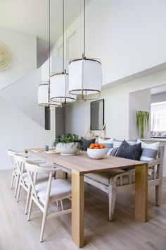 Inside a Bright and Airy East Hampton Home With a Moroccan Twist via - Modern Dining Dining Room Design, Dining Room Table, Dining Area, Dining Rooms, Dining Chairs, Farmhouse Side Table, Rustic Table, Hamptons House, Dining Room Inspiration
