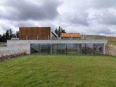 Stormy Castle by Loyn & Co in Wales is Britain's best new home – 2014 RIBA Manser Medal winner