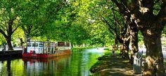 Il Grand Canal è un posto ideale per lunghe passeggiate circondati da chiatte, prati verdi, caratteristiche case georgiane dai portoni sgargianti e pub accoglienti.