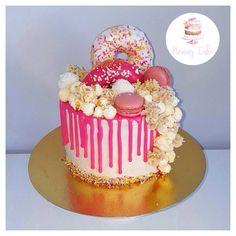 Mon layer cake ❤️❤️  Page Facebook nouraz cake Facebook nouraz sayoun Instagram @nourazcake