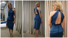 vestido azul detalhe peplum saia lápis