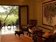 Sabi Sabi's Bush Lodge gallery will give you a good pictorial view of just how luxurious this private safari lodge in South Africa truly is.