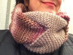 A Bobbin Lace Lover: Bufanda trenzada scarf bobbin Circular Knitting Needles, Easy Knitting, Loom Knitting, Knitting Socks, Cute Scarfs, Yarn Tail, Knitting Accessories, Bobbin Lace, Knitted Shawls