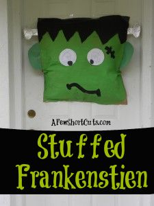 Stuffed Frankenstein Halloween Craft! So cute!