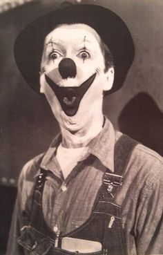 Greatest Show on Earth Film/Jimmy Stewart played this clown in the movie .